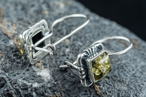 VINLAND, SILVER EARRINGS, BALTIC AMBER - AMBER JEWELRY{% if kategorie.adresa_nazvy[0] != zbozi.kategorie.nazev %} - JEWELLERY{% endif %}