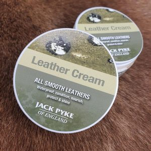 LEATHER CREAM JACK PYKE OF ENGLAND 100ML - DRUGSTORE{% if kategorie.adresa_nazvy[0] != zbozi.kategorie.nazev %} - LIVING HISTORY, CRAFTS{% endif %}