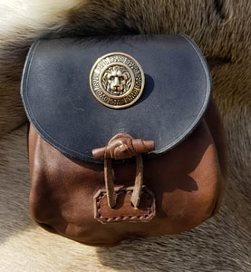 LION, LEATHER MEDIEVAL BAG, BRONZE - BAGS, SPORRANS{% if kategorie.adresa_nazvy[0] != zbozi.kategorie.nazev %} - LEATHER PRODUCTS{% endif %}