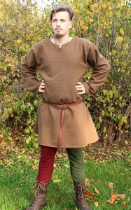 MEDIEVAL TUNIC, WOOL - CLOTHING FOR MEN{% if kategorie.adresa_nazvy[0] != zbozi.kategorie.nazev %} - SHOES, COSTUMES{% endif %}