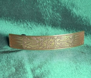AN GHRIAN, BRASS HAIRSLIDE, MADE IN IRELAND - CELTIC BRASS JEWELS, IMPORT FROM IRELAND{% if kategorie.adresa_nazvy[0] != zbozi.kategorie.nazev %} - JEWELLERY{% endif %}