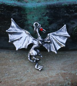 DRAGON - PENDANT - MIDDLE AGES, OTHER PENDANTS{% if kategorie.adresa_nazvy[0] != zbozi.kategorie.nazev %} - JEWELLERY{% endif %}