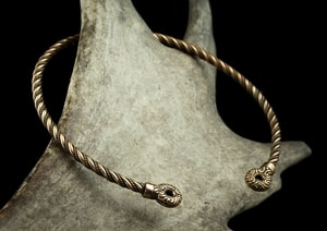 CELTIC CHIEFTAIN TORC, BRONZE TORQUES - TORCS, NECKLACES{% if kategorie.adresa_nazvy[0] != zbozi.kategorie.nazev %} - JEWELLERY{% endif %}