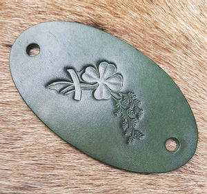 FOUR LEAF CLOVER, LEATHER HAIR CLIP - HAIR CLIPS, ACCESSORIES, JEWELLERY{% if kategorie.adresa_nazvy[0] != zbozi.kategorie.nazev %} - LEATHER PRODUCTS{% endif %}