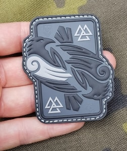 HUGINN AND MUNINN, 3D RUBBER PATCH - MILITARY PATCHES{% if kategorie.adresa_nazvy[0] != zbozi.kategorie.nazev %} - OUTDOOR SHOP{% endif %}