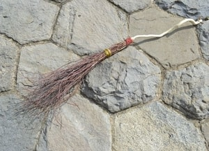 RITUAL BESOM, BROOMSTICK - MAGIC ACCESSORIES{% if kategorie.adresa_nazvy[0] != zbozi.kategorie.nazev %} - MAGIC{% endif %}