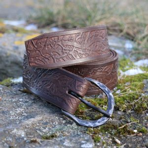 ROOTS, BROWN LEATHER BELT - BELTS{% if kategorie.adresa_nazvy[0] != zbozi.kategorie.nazev %} - LEATHER PRODUCTS{% endif %}