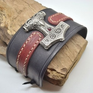 VIKING LEATHER BRACELET, THOR'S HAMMER - SCANIA - WRISTBANDS{% if kategorie.adresa_nazvy[0] != zbozi.kategorie.nazev %} - LEATHER PRODUCTS{% endif %}