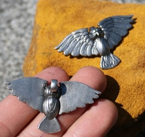 FLYING OWL, PEWTER PENDANT - ANIMAL PENDANTS{% if kategorie.adresa_nazvy[0] != zbozi.kategorie.nazev %} - JEWELLERY{% endif %}
