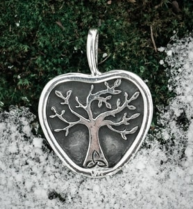 APPLE TREE, PENDANT, SILVER - MYSTICA SILVER COLLECTION - PENDANTS{% if kategorie.adresa_nazvy[0] != zbozi.kategorie.nazev %} - JEWELLERY{% endif %}