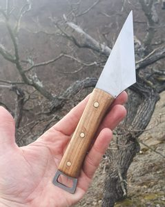 KIRIDASHI - WOOD, KNIFE - KNIVES{% if kategorie.adresa_nazvy[0] != zbozi.kategorie.nazev %} - WEAPONS - SWORDS, AXES, KNIVES{% endif %}