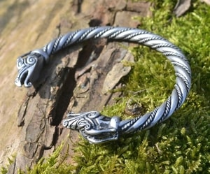 DRAIG CELTIC DRAGON SILVER PLATED TIN ALLOY BRACELET - CELTIC PENDANTS{% if kategorie.adresa_nazvy[0] != zbozi.kategorie.nazev %} - JEWELLERY{% endif %}