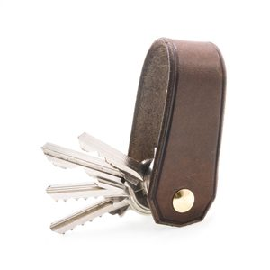 BALFOUR, LUXURY LEATHER KEYCHAIN BROWN - WALLETS{% if kategorie.adresa_nazvy[0] != zbozi.kategorie.nazev %} - LEATHER PRODUCTS{% endif %}