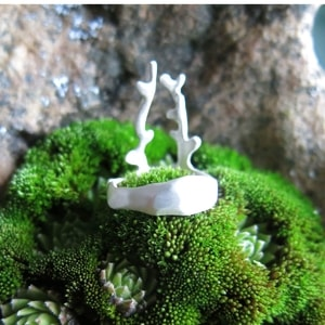SMALL DEER, CUBIST RING, STERLING SILVER - RINGS - HISTORICAL JEWELRY{% if kategorie.adresa_nazvy[0] != zbozi.kategorie.nazev %} - JEWELLERY{% endif %}