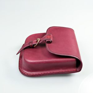 GENTLEMAN, LEATHER BELT BAG - RED - BAGS, SPORRANS{% if kategorie.adresa_nazvy[0] != zbozi.kategorie.nazev %} - LEATHER PRODUCTS{% endif %}