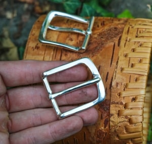 LUXURY BUCKLE FOR EXECUTIVE BELTS, SILVER - BELT ACCESSORIES{% if kategorie.adresa_nazvy[0] != zbozi.kategorie.nazev %} - LEATHER PRODUCTS{% endif %}