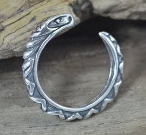 SERPENT, STERLING SILVER RING - RINGS - HISTORICAL JEWELRY{% if kategorie.adresa_nazvy[0] != zbozi.kategorie.nazev %} - JEWELLERY{% endif %}