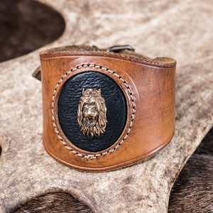 LION HEART, LEATHER BRACELET - WRISTBANDS{% if kategorie.adresa_nazvy[0] != zbozi.kategorie.nazev %} - LEATHER PRODUCTS{% endif %}
