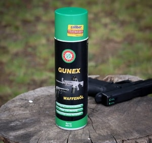 GUNEX, BALLISTOL, OIL FOR GUNS AND COLD WEAPONS, 400 ML - ENTRETIEN, FOURREAUX{% if kategorie.adresa_nazvy[0] != zbozi.kategorie.nazev %} - ARMURERIE: LES ARMES{% endif %}