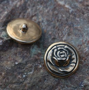 ROSE, BUTTON, BRONZE - COSTUME BROOCHES, FIBULAE{% if kategorie.adresa_nazvy[0] != zbozi.kategorie.nazev %} - JEWELLERY{% endif %}