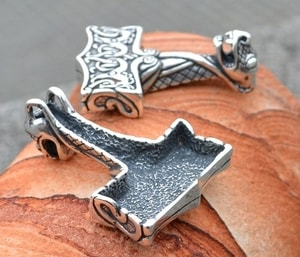 THOR'S HAMMER, OSEBERG STYLE, NORWAY, SILVER 925 - FILIGREE AND GRANULATED REPLICA JEWELS{% if kategorie.adresa_nazvy[0] != zbozi.kategorie.nazev %} - JEWELLERY{% endif %}