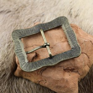 HENRIET - RENAISSANCE BELT BUCKLE ZINC ANT. BRASS - BELT ACCESSORIES{% if kategorie.adresa_nazvy[0] != zbozi.kategorie.nazev %} - LEATHER PRODUCTS{% endif %}