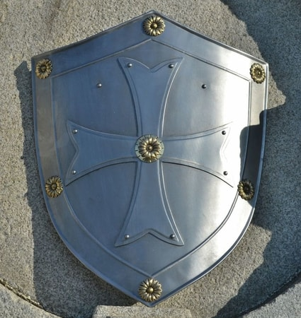TEMPLAR, decorative shield with the cross