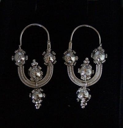 EARRINGS FROM GREAT MORAVIA PERIOD