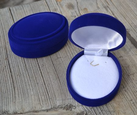 VELVET EARRING AND PENDANT BOX