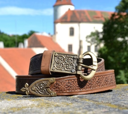 Deluxe Medieval Leather Belt