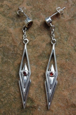 ROMBO, silver earrings with garnets, Ag 925