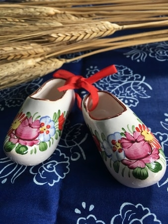 MINI CLOGS, czech handpainted ceramics