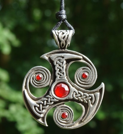 THREE SPIRALS OF LIFE, pendant with glass