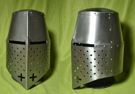 EUROPEAN GREAT HELM 1,5 mm thick steel - wulflund com