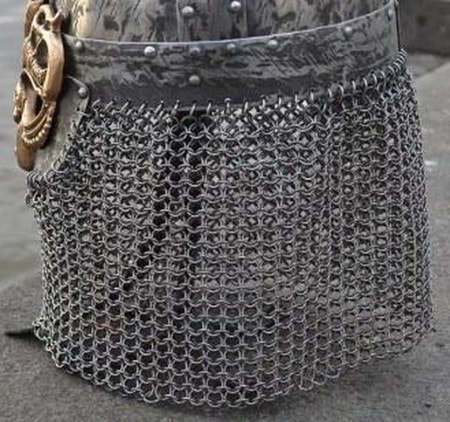 BUTTED CHAIN MAIL ARMOUR PATCH FOR HELMETS, 8 mm, 15  x 100 cm