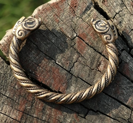 CELTIC BOAR, bracelet, bronze