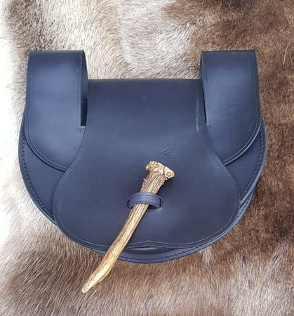 LEATHER BELT BAG WITH ANTLER, black