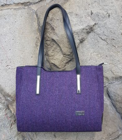 BRID Shoulder Bag, purple, wool