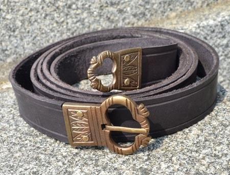 floria  medieval leather belt