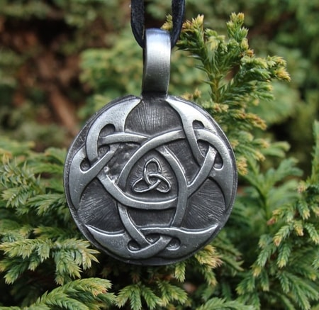 CELTIC KNOT OF LIFE, casted pednant