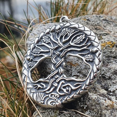 CELTIC OAK SACRED TREE OF LIFE PENDANT SILVER