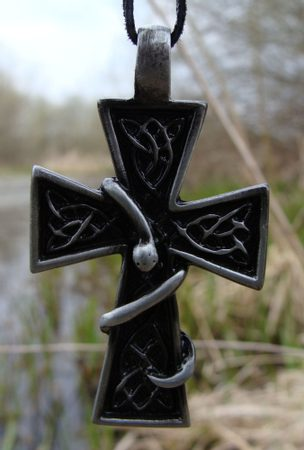 CROSS WITH THE SNAKE, PENDANT