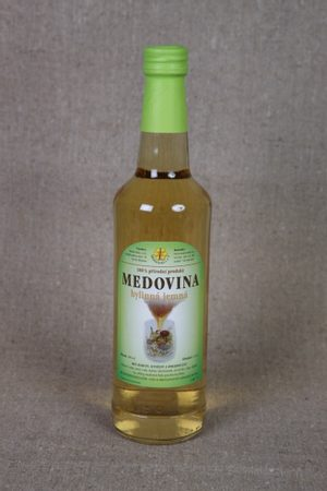MEAD with herbs