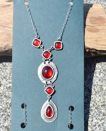 HESTIA, necklace, red glass