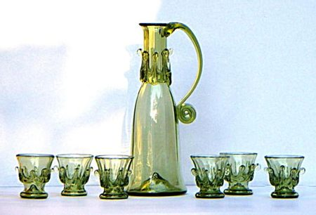 HISTORICAL GLASS SET FOR APERITIV