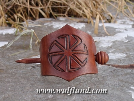 HAIR BROOCH WITH KOLOWRAT, LEATHER