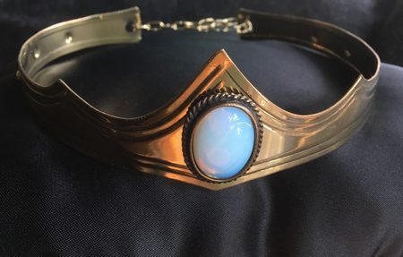 GRACIA - CROWN with Opalite
