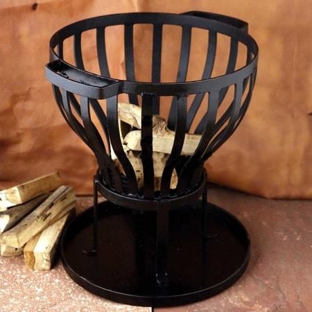 Medieval Cauldron And Tripod Wulflund Com