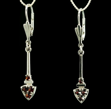 SAGITTA, earrings, Garnet, silver
