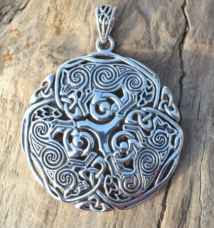 Brigid ashwood celtic wolf wulflund brigid ashwood celtic wolf aloadofball Image collections